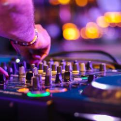 Musik & Entertainment